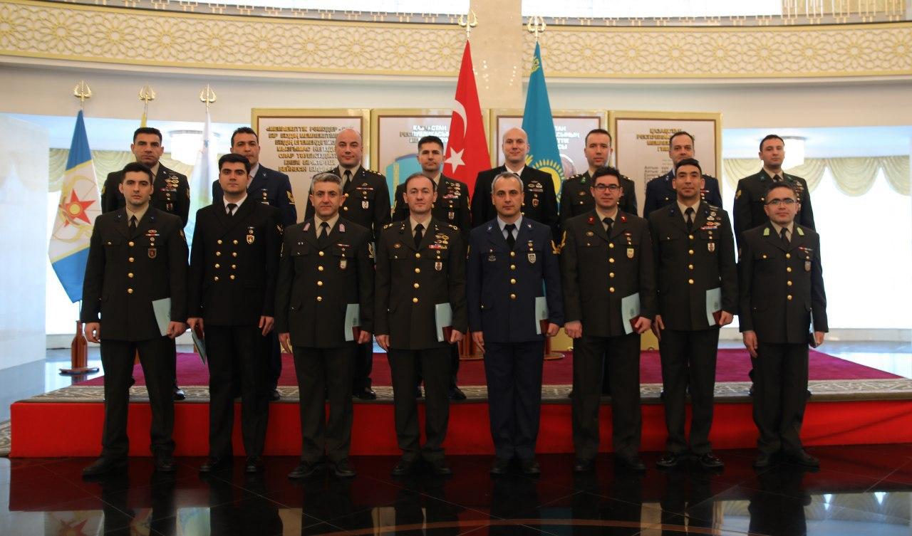 Түрік әскери қызметшілері ҚР әскери университетінде оқудан өтті
