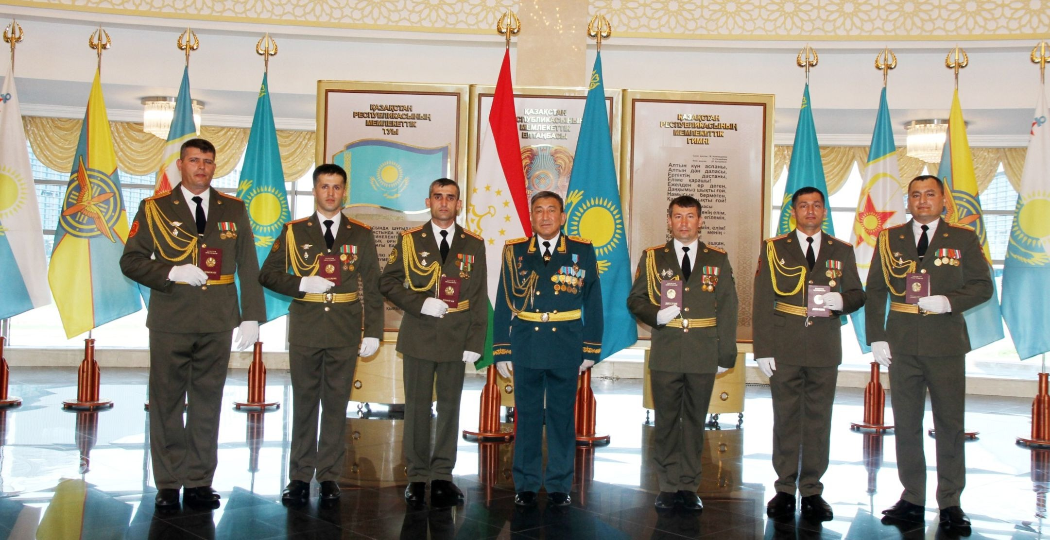 A solemn graduation of foreign officers took place at the National Defence University