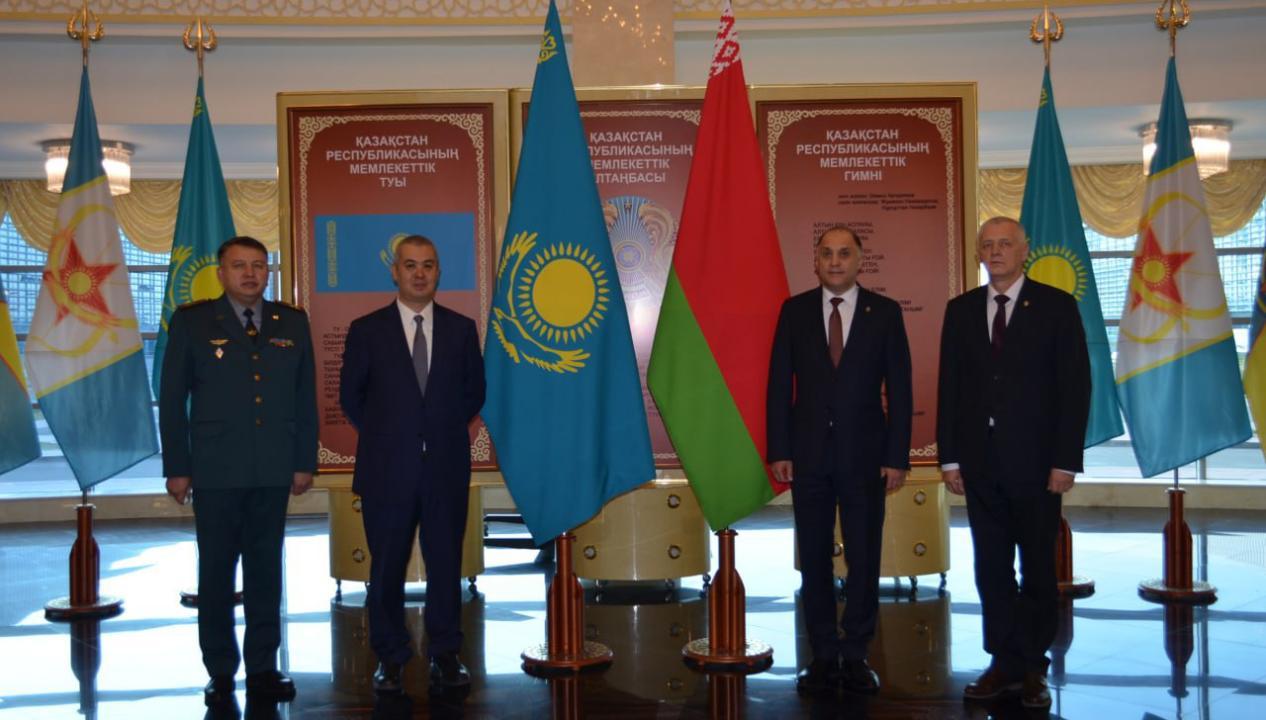 Казахстанским опытом в сфере военного образования поделились с представителями Совета Безопасности Беларуси