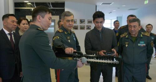 Приезд Министра обороны РК в НУО