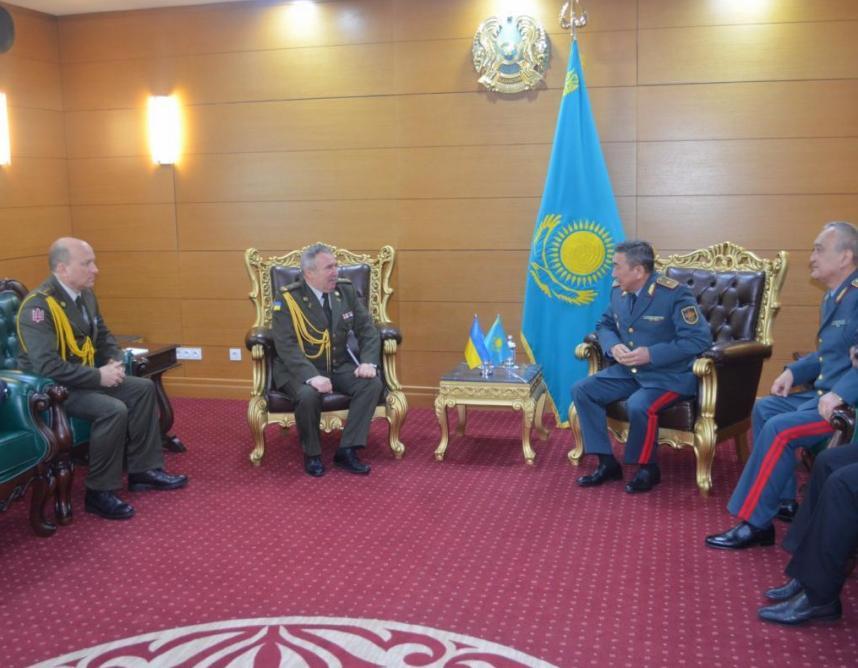 Ознакомительный визит атташе по вопросам обороны Украины